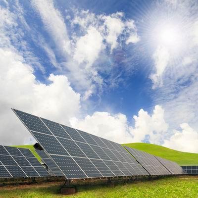 Systemy solarne podgrzewania wody i ogrzewania_fot. Aquatherm Warsaw.jpg